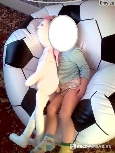 Сыну 2,5 года и ему очень здорово смотреть мультики в этом кресле!
