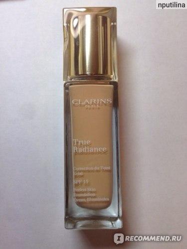 Тональный крем Clarins True Radiance SPF 15 фото